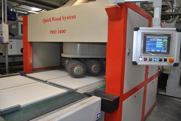 3 Machines Quickwood PRO + 1400 QRC at Mobilclan, for excellent finish of ashlar.