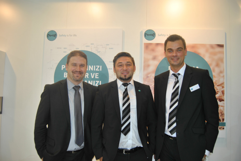 From left, Mehmet Tarakci/Hanex�s General Manager, Adem Saricioglu/Rembe and Andrea Vincenzi/Rembe. Photo Datalignum.