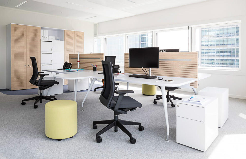 Fantoni furniture italy has provided 2 600 workstation to - Office tourisme italien a paris ...