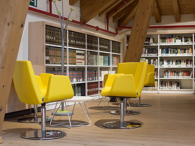 Ares Line made the Municipal Library of Asiago/ Vicenza