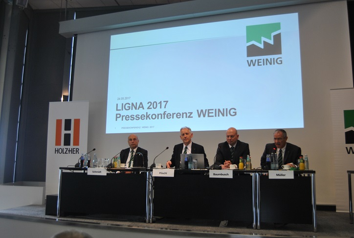 The press conference at Ligna, from left, Gerhard Schmidt / Wolfgang P�schl, President & CEO / Gregor Baumbusch and Klaus M�ller. Photo Datalignum