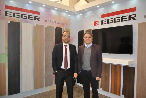 Left, Mahmoud Said/MEC Commercial Manager and Kamil Sumlu/Egger's Area Manager. Photo Datalignum