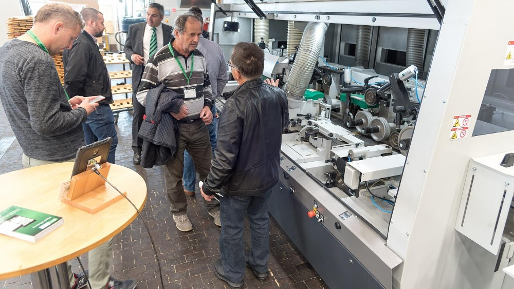 Plenty of innovations at InTech: The new Powermat 3000 was one of the attractions of the international Weinig in-house exhibition.