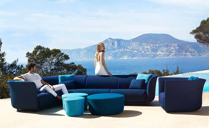 The Vondom�s Suave sofas designed by Marcel Wanders