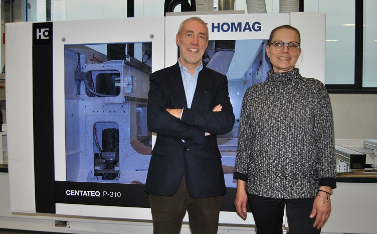 Left, Walter Crescenzi /Managing Director Homag Italia and Sabine Chin /Sales & Marketing Central & Southern Europe. Photo Datalignum