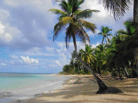 Playa Las Terrenas in Dominican Republic. Photo Datalignum